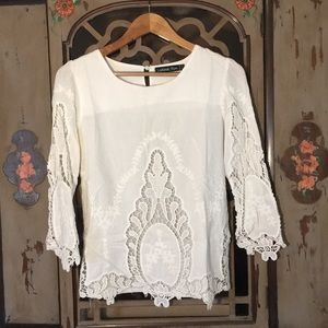 White Lookbook Store lace blouse